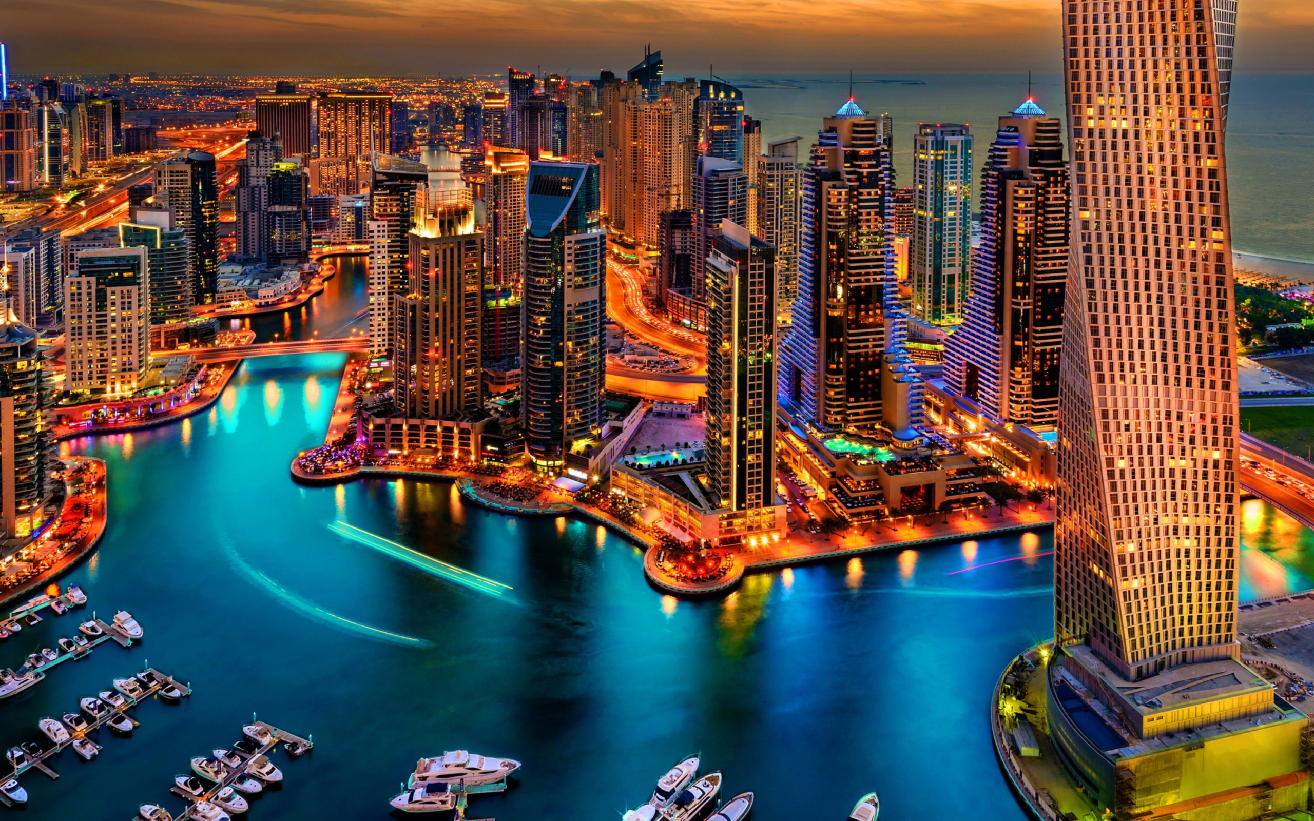 Dubai-Marina-And-Yachts-2560x1600