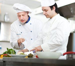 Работа в Чехии помощником повара
