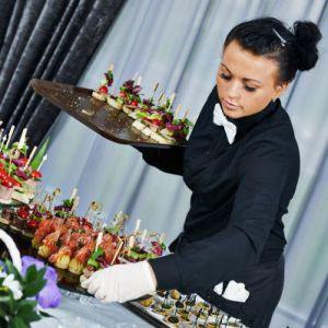 Работа в Катаре вакансии для официантов